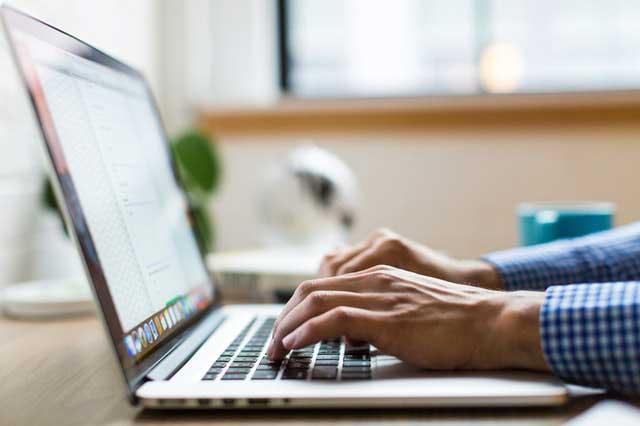 Entreprise d'externalisation d'entrée de données ou OPS, operateur de saisie conseils pour choisir